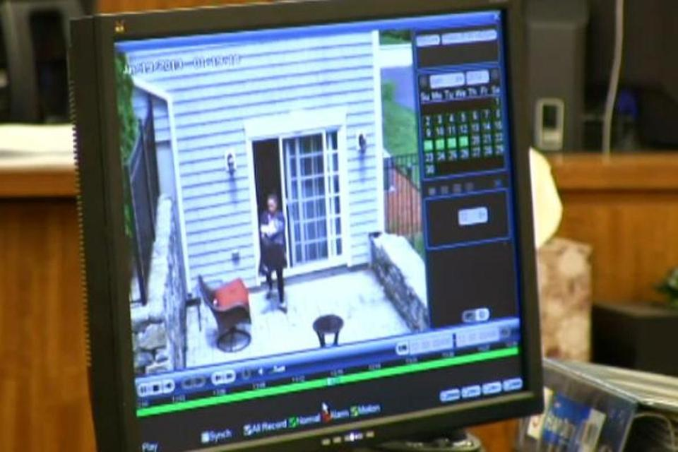 Video showed Shayanna Jenkins removing items from the couple's home.